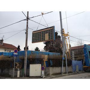 Mise en place des panneaux de façade